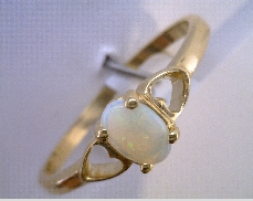 Opal Ring  14 Karat Yellow Gold