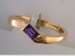 14 Karat Rose Gold Amethyst Slanted Ring 5x3mm