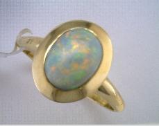 14 Karat Yellow 1.54ct Semi-Black Oval Opal Ring