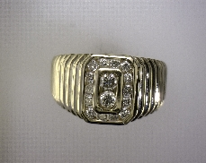 14kY 0.64ctw J-K I1 Diamond (16) Ring [5.7dwt]
