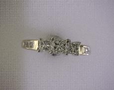 14kTT 1.06ctw H-I SI2 Diamond (9) Engagement Ring [2.2dwt] 0.34ct Princess Center