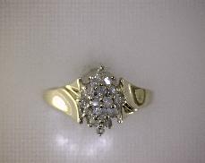 ESTATE 10kY 0.24ctw J-K I2 Single Cut Diamond (16) Cluster Ring