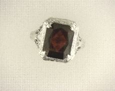 ESTATE 14kW Die Struck Synthetic Ruby Ring [1.6dwt]