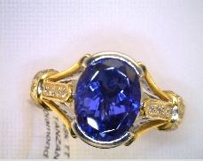 18k TT 3.24 ct TANZANITE .34 ctw Diamond Ring